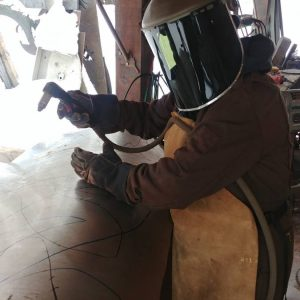 122917 cutting the wolf pieces from the recycled tank (2)